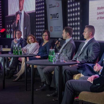 Debata-o-dostępności-kapitału-dla-polskich-firm-2-1024x683
